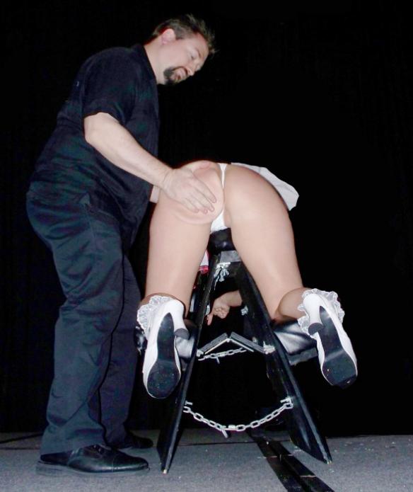 Synagogue spanking