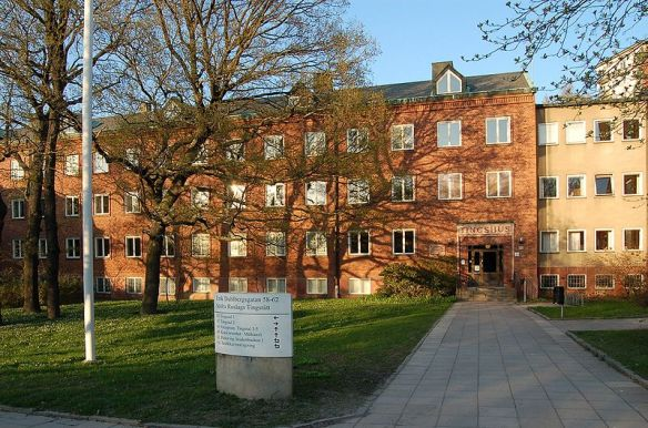 800px-Södra_Roslags_tingsrätt_Stockholm_20060509