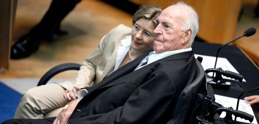 Former German Chancellor Helmut Kohl sits next to his second wife Maike Kohl-Richter at the former lower house of parliament Bundestag in Bonn